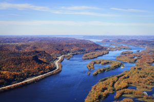 Aerial photo of the Mississippi River bluffs in autumn along Pool 7 (c) Lisa Jacobson