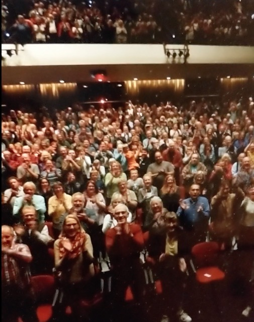 audience - standing ovation at premiere